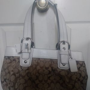 Coach purse with wallet inside